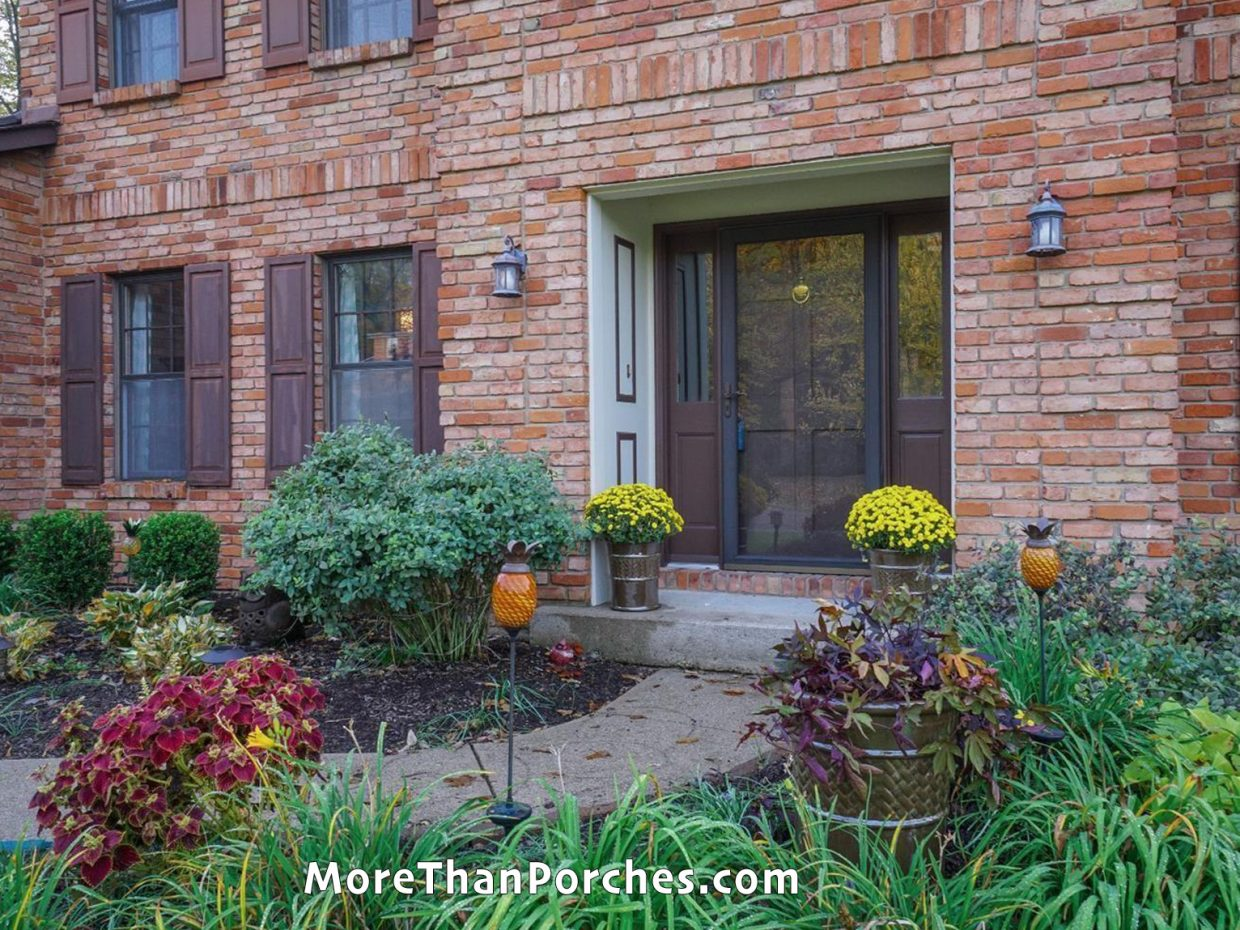 red_brick_house_fort_worth_texas_landscaping copy