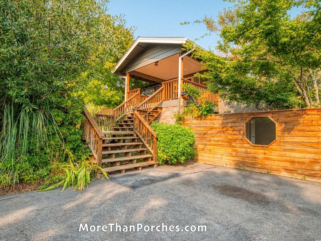 wood_entry_stairway_front_porch